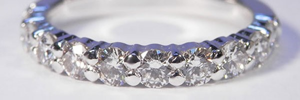 Wedding Ring in 18K White Gold